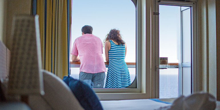 carnival breeze balcony suite cabin tips