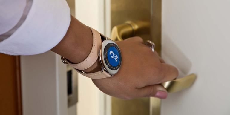door lock handle cabin do immediately