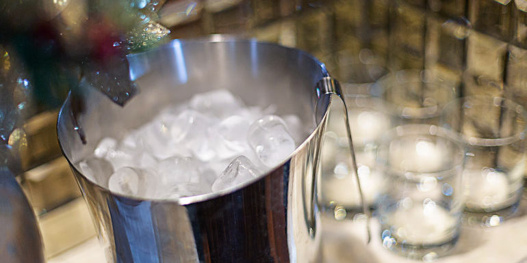 cruise cabin ice bucket water glasses stateroom
