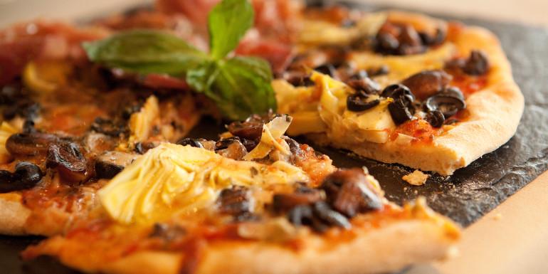 pool bar grill silversea cruises pizza