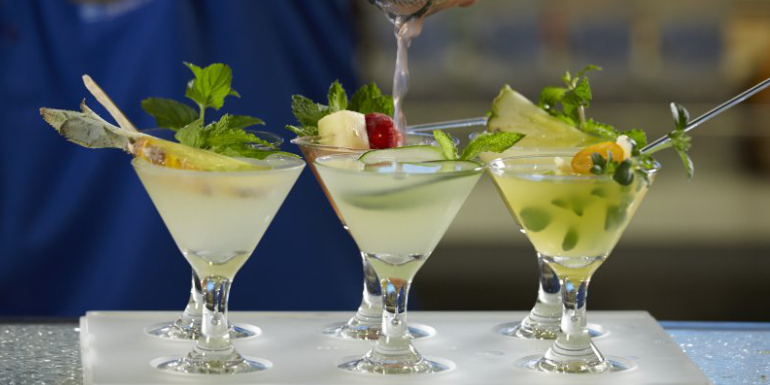 sugarcane mojito bar drinks norwegian sky