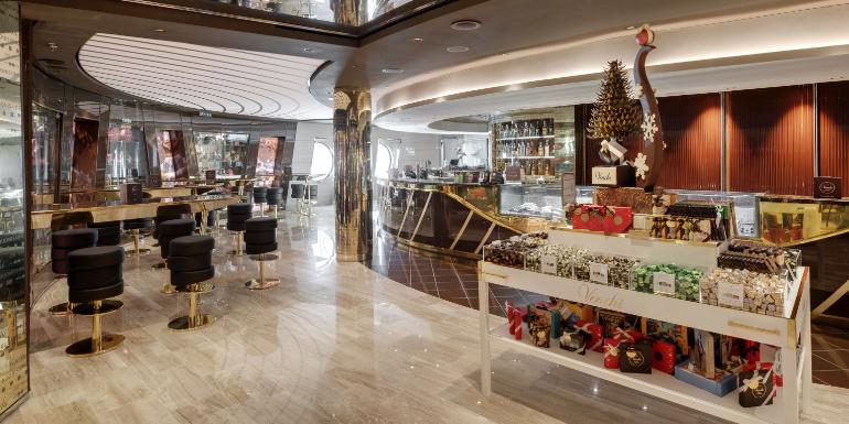 cruise line coffee shop cafe