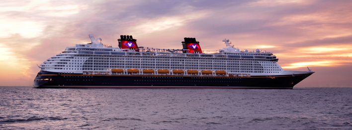 The horns of the Disney Cruise Line fleet play the first 7 notes of what famous song?