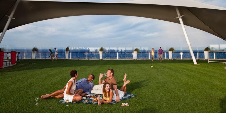 cruise ship outdoor dining restaurants