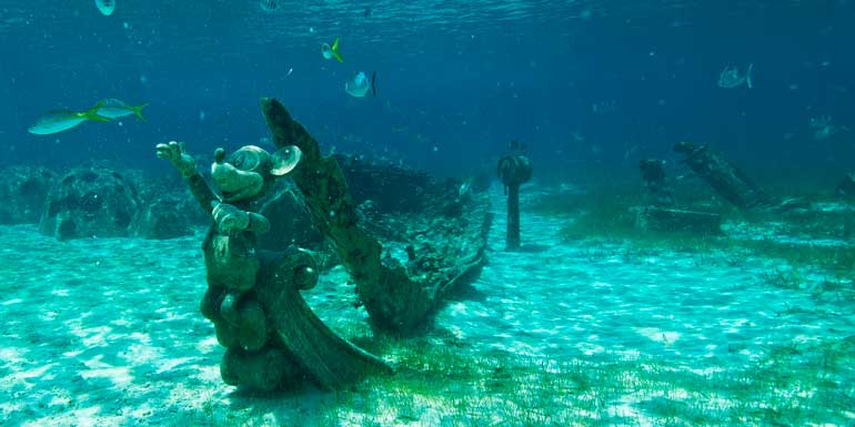 snorkeling at castaway cay