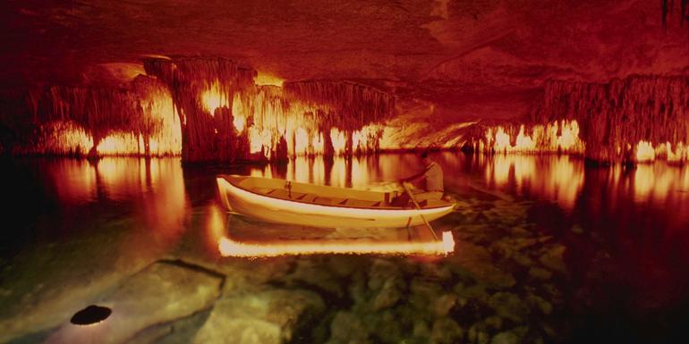 dragon caves porto cristo western mediterranean