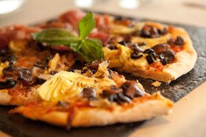 silversea pizza cruise ship dining pool