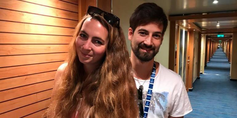 carnival cruise honeymoon couple robbed steakhouse